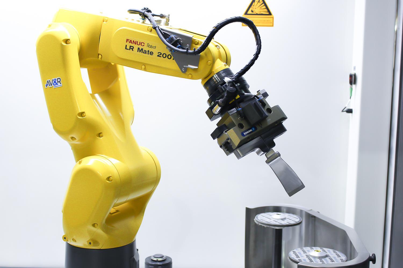 Systèmes de finition robotisée, pièce de moins de 200 mm