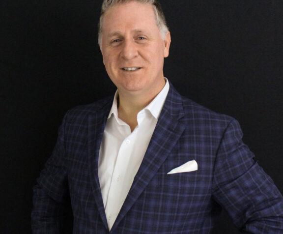 Giovanni Bevilacqua AV&R's Sales Director